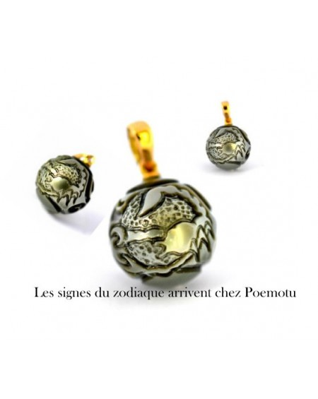 Signs of the Zodiac engraved on Pearl of Tahiti